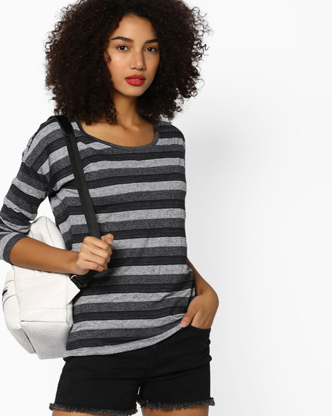 Striped Crew-Neck T-shirt By Fame Forever By Lifestyle ( Black )