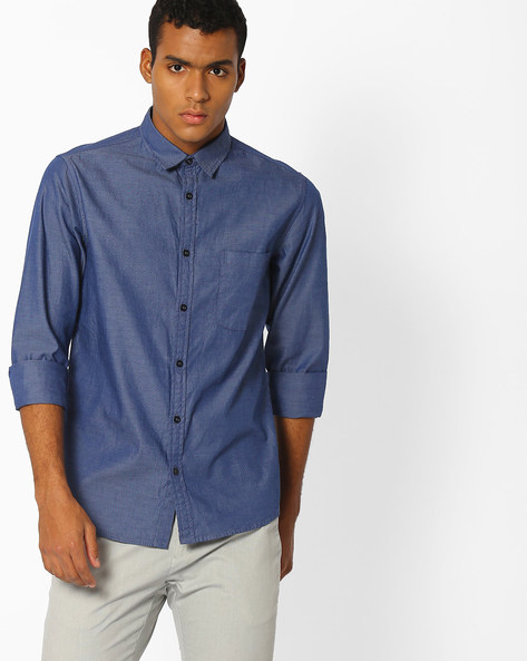 Classic Slim Fit Shirt With Patch Pocket By AJIO ( Darkblue )