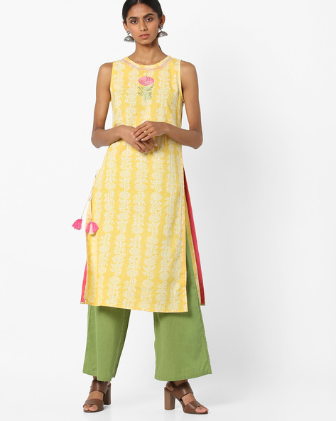 Sleeveless Straight Kurta With Floral Embroidery By AJIO ( Yellow )