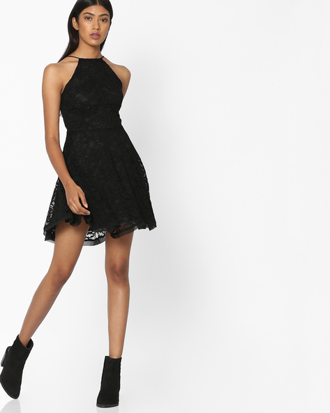 Halter-Neck Lace Skater Dress By Pink Woman ( Black )