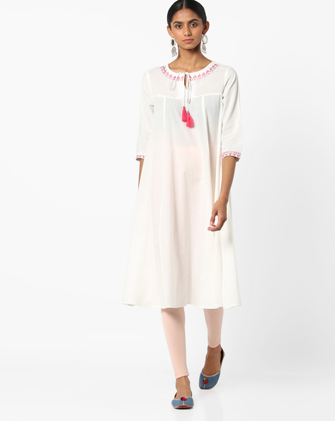 Embroidered Flared Kurta With Tie-Up By AJIO ( Ivory )