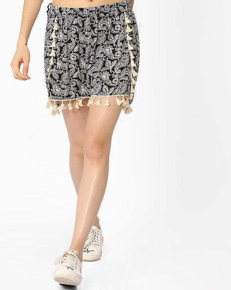 Printed Shorts With Tassels By Ginger By Lifestyle ( Black )
