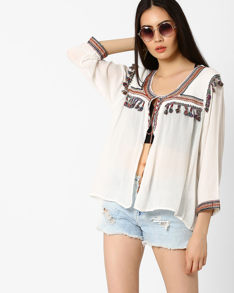 Embroidered Shrug With Tassels By Ginger By Lifestyle ( Offwhite )