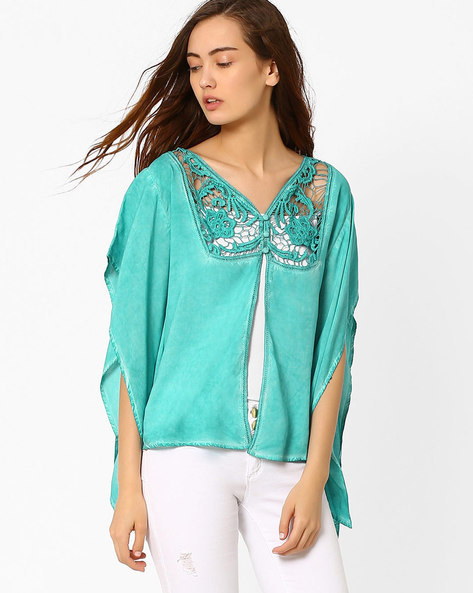 Kaftan Top With Lace Yoke By AJIO ( Green )