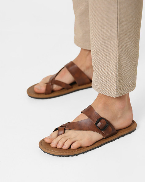 Toe-Ring Slippers With Buckle Closure By Funk ( Tan )