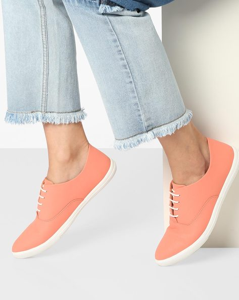 Low-Top Lace-Up Casual Shoes By AJIO ( Peach )
