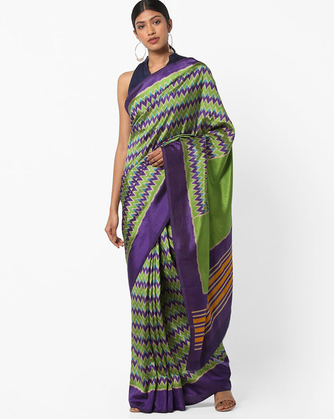 Chevron Print Saree With Contrast Border By Vastrangi ( Green )