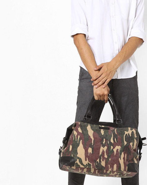 Camouflage Print Canvas Duffle Bag By JUSTANNED ( Multi )