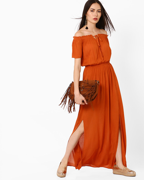 Off-Shoulder Maxi Dress By Oxolloxo ( Rust )