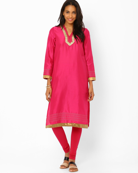 Straight Kurta With Zari Detail By Rangriti ( Pink )