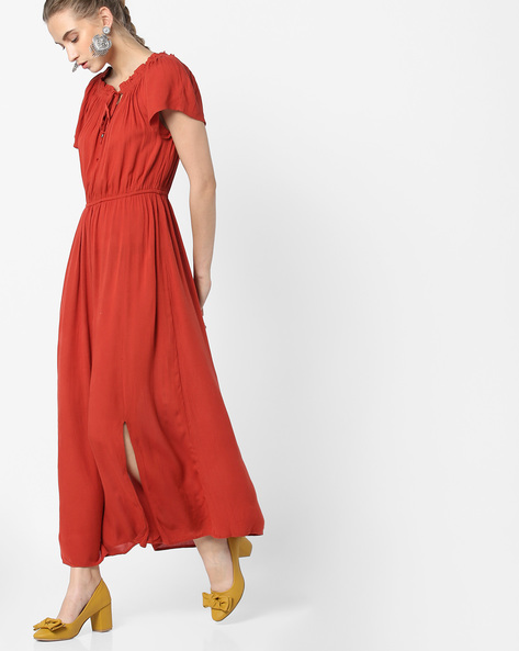 Front Slit Maxi Dress With Smocked Neckline By Oxolloxo ( Red )