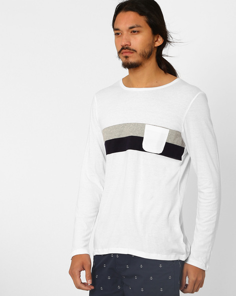Round Neck T-shirt With Patch Pocket By MR.BUTTON ( White )