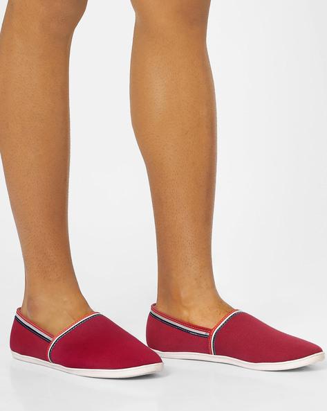 Slip-On Canvas Shoes By AJIO ( Darkred )