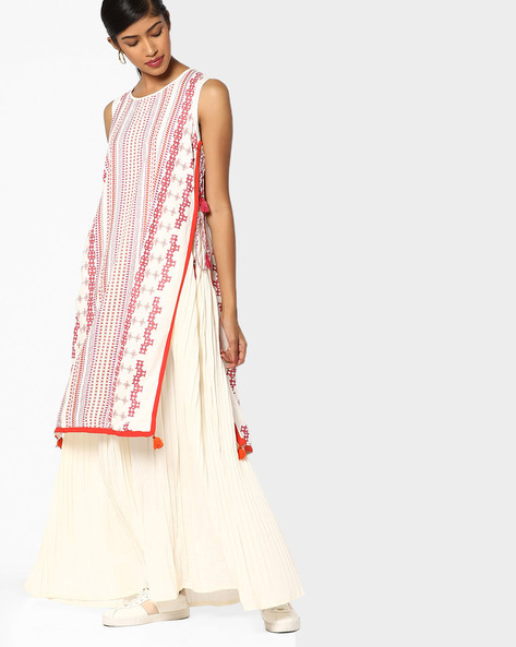 Geometric Print Kurta With Crushed Palazzo Pants By Global Desi ( Cream )