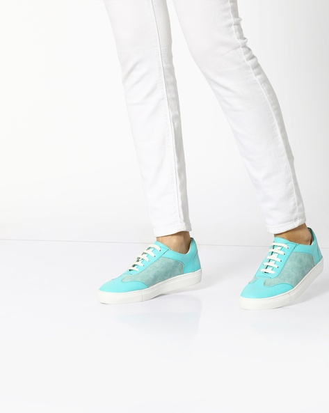 Casual Shoes With Lace-Up Styling By AJIO ( Green )