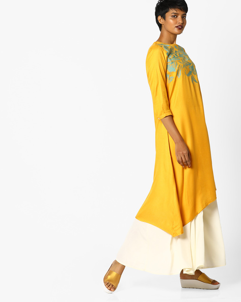 Embroidered Straight Kurta With Asymmetrical Hem By Arah ( Mustard )