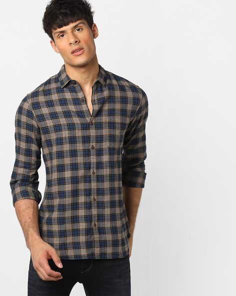 Checked Slim Fit Shirt With Patch Pocket By AJIO ( Orange )