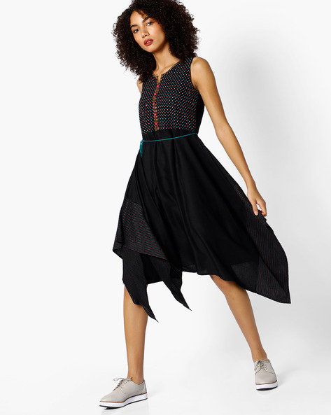 Sleeveless Dress With Asymmetric Hemline By COLOUR ME ( Black )