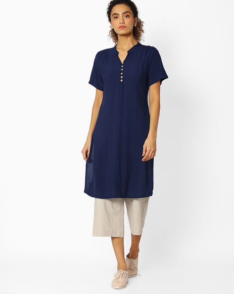 Straight Kurta With Mandarin Collar By Libas ( Blue )