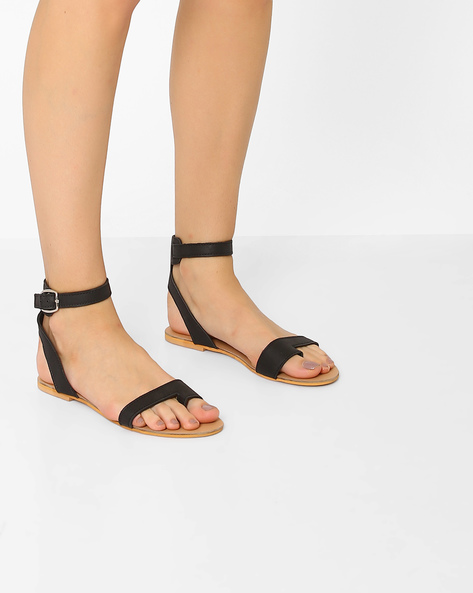 Faux-Leather Flat Sandals With Ankle Strap By AJIO ( Black )