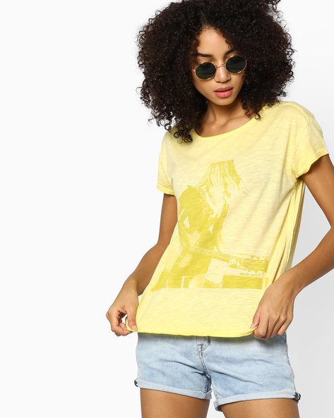 Graphic Print T-shirt With High-Low Hem By LEVIS ( Blue )