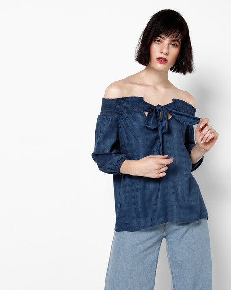 Woven Off-Shoulder Top With Neck Tie-Up By AJIO ( Navy )