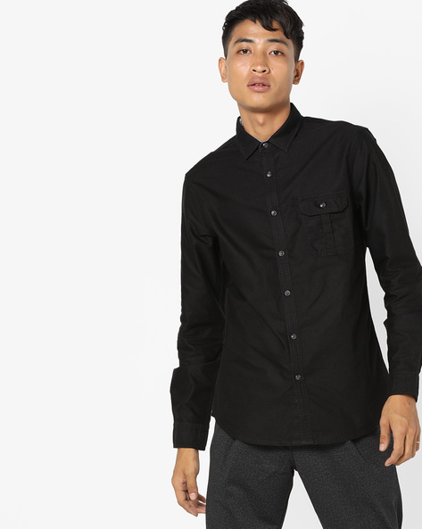 Classic Shirt With Buttoned Flap Pocket By AJIO ( Black )