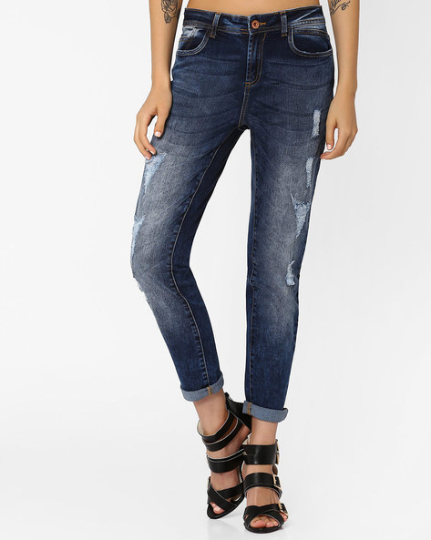 Heavily Washed Slim Fit Jeans By AJIO ( Blue )