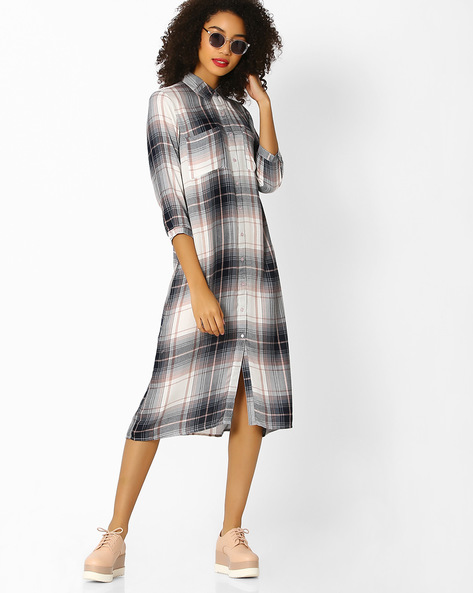 Plaid Shirt Dress With Patch Pockets By Femella ( White )