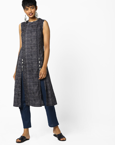 Checked Kurta With Front Slits By AJIO ( Charcoal )