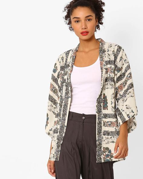 Floral Print Shrug With Kimono Sleeves By Vajor ( Multi )