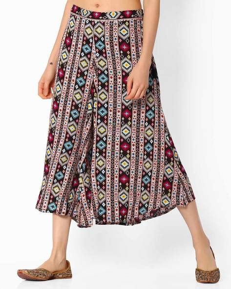 Printed Culottes With Tie-Up By COLOUR ME ( Black )