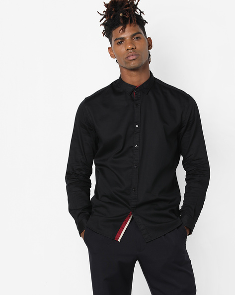 Button-Down Shirt With Curved Hemline By British Club ( Black )