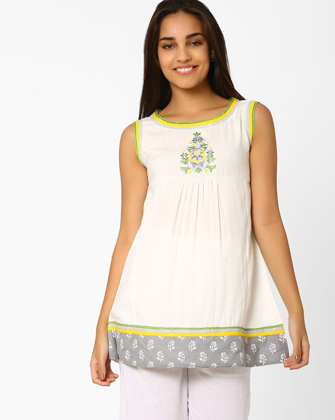 Tunic With Embroidery By Indian Ink ( White )
