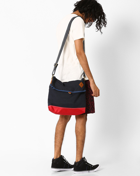 Colourblock Messenger Bag By AJIO ( Navy )
