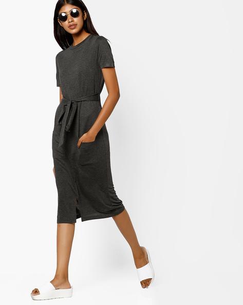 Shift Dress With Front Slit By AJIO ( Darkgrey )