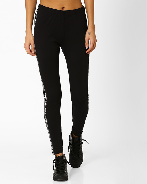 Cotton Stretch Leggings With Printed Side Panels By AJIO ( Black )