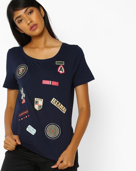 Crew-Neck T-shirt With Applique Badges By Vero Moda ( Blue )