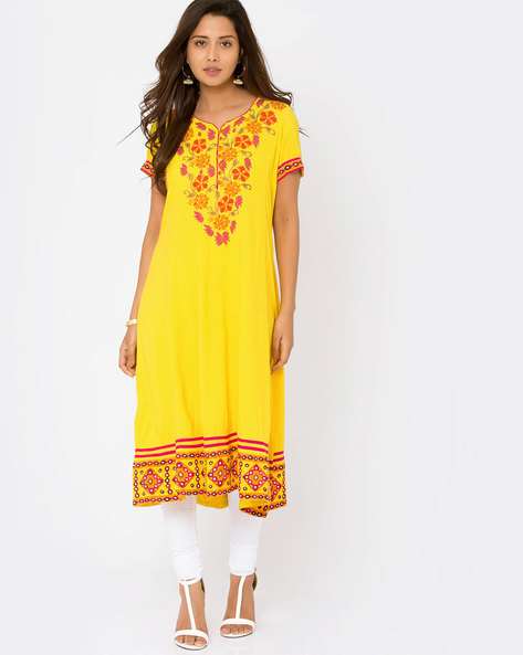 Embroidered Kalidar Kutch Work Kurta By Jiyaa ( Yellow )