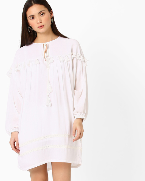 Tasseled Top With Tie-Up By Vajor ( White )