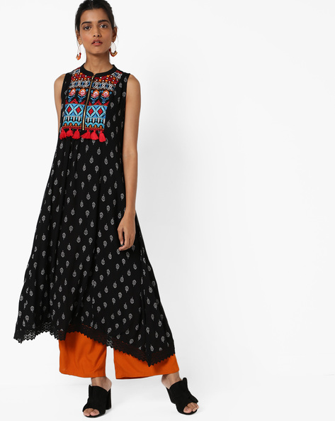 Sleeveless Printed Dress With Embroidered Yoke By COLOUR ME ( Black )