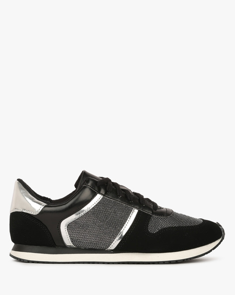 Low-Top Lace-Up Shoes By BRASH ( Black )