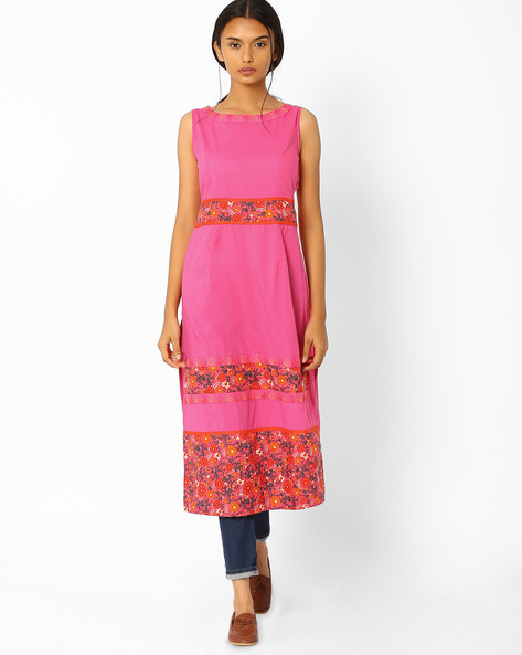 Printed Sleeveless Kurta With Embroidery By AJIO ( Pink )