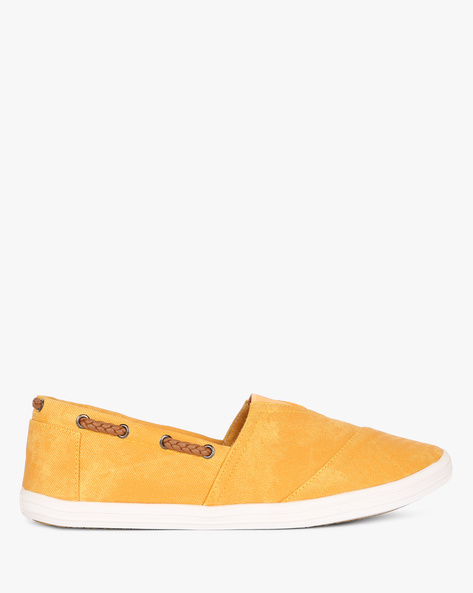 Slip-Ons With Elasticated Gusset By AJIO ( Mustard ) - 460083995037