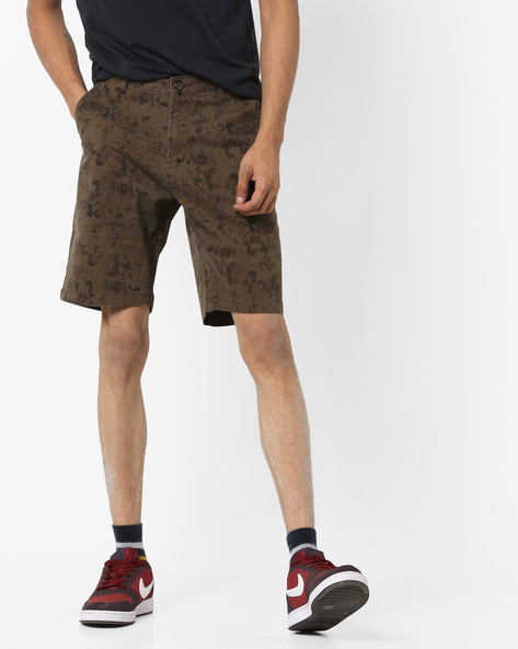 Printed Mid-Rise Shorts By AJIO ( Olive )