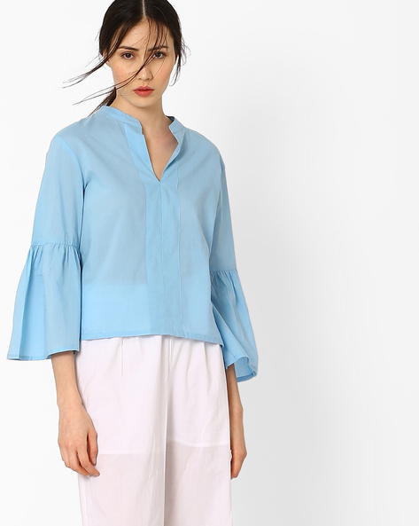 Top With Bell Sleeves By AJIO ( Lightblue )