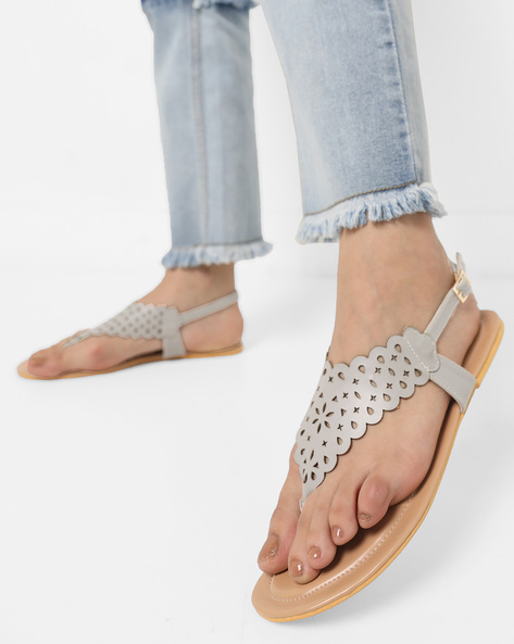 Flat Sandals With Buckle Closure By AJIO ( Grey )
