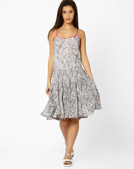 Printed Fit & Flare Dress By And ( Grey )