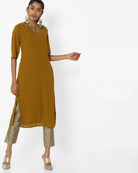 Straight Kurta With Embroidered Neckline By AJIO ( Olive )