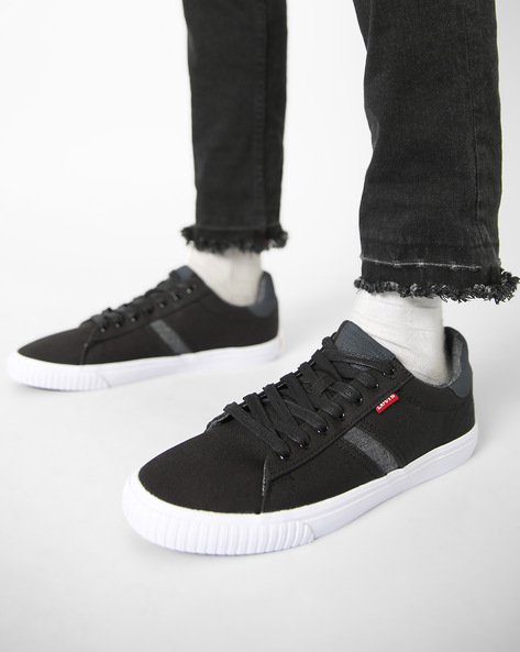 Picasso Canvas Shoes With Lace-Ups By LEVIS ( Black )
